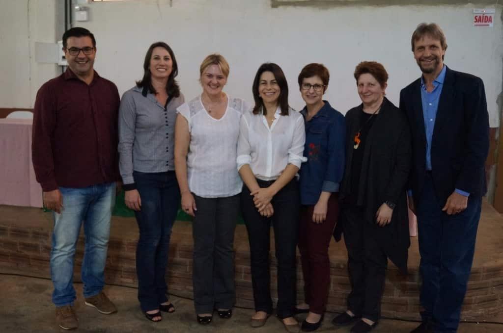 Proponentes e palestrantes do seminário que resgatou a história do Distrito de Marechal Bormann no centenário de Chapecó (1)